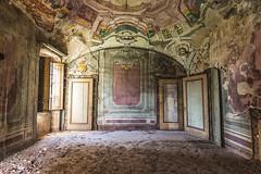 (Kollaps3n) Tags: abandoned decay abbandono italia urbanexploration abandonedplaces tokina nikon urbex architecture