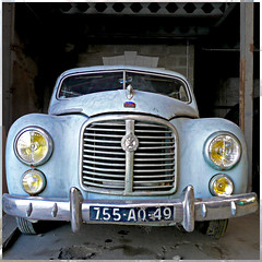 Hotchkiss Grégoire (pom.angers) Tags: 100 angers 49 maineetloire paysdelaloire france europeanunion car vintagecar hotchkissgrégoire panasonicdmctz3 february 2009 150 200 300 5000