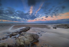 """"""" HEART ATTACK """" (Wiffsmiff23) Tags: nashpoint southwales sea sunrise sky sand heritagecoastlinesouthwales traeth beach heart attack"""