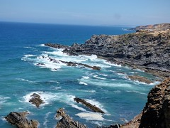 P1020526 (snapshots_of_sacha) Tags: sea atlantic atlantik meer beach algarve portugal landscape nature wild