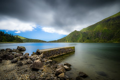 _SGV3030.jpg (swàllero) Tags: fujifilmitalia color nature azores lake round holiday pond trees summer ocean waterfall ribeiragrande lightroom acores nd400 landscape plants ndfilter flores fujifilm xtrans xt20 longexposure whitebackground colorful saomiguel verde travel forest ilhaverde lagoadofogo adobe green blue atlantic wilderness azzorre