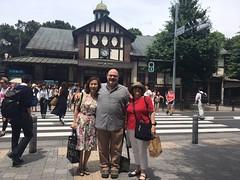 Harajuku Meeting (L e n o r a) Tags: tokyo japan harajuku shibuya brad fumiko me lenora harajukustation trainstation