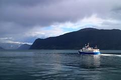 Farvel! Bye, Epos! Leikanger, Norway  / ¡Adiós Epos! Leikanger, Noruega (Ramon Oria) Tags: ship norway leikanger sognefjorden fiordo fiordodelossueños noruega sognefjord boat sea farvel goodbye bye adios hastaluego trip viaje mar
