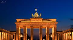 Brandenburger-Tor-Berlin-Blaue-Stunde-Fokuspixel (fokuspixel) Tags: timur wilde fotografie fokuspixelde fokuspixel photography urbanlandscape urban brandenburger tor brandenburgertor blaue stunde blue hour sonnenuntergang sunrise berlin regierungsviertel deutschland germany lights lichter