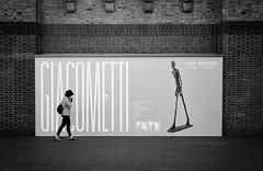 no connection (Erwin Vindl) Tags: noconnection streetphotography streettogs candid blackandwhite monochrome tatemodern london erwinvindl olympusomd em10markii