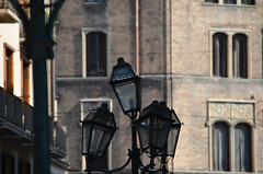 discussion (Hayashina) Tags: torino turin italy lamp building