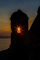 Silhueta no Forte São Luiz - Niterói - Rio de Janeiro (mariohowat) Tags: sunset pôrdosol silhuetas silhueta fortedopico fortesãoluiz niterói brasil brazil riodejaneiro canon canon6d