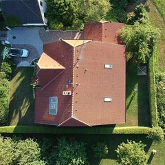 My house from above 🏡  #dji #spark #home #air #drone #fly #fun #great #hometown #picoftheday #photography #top #explore #nofilter #amazing (yourtravelguide) Tags: amazing spark home air drone fly fun great hometown picoftheday photography top explore nofilter