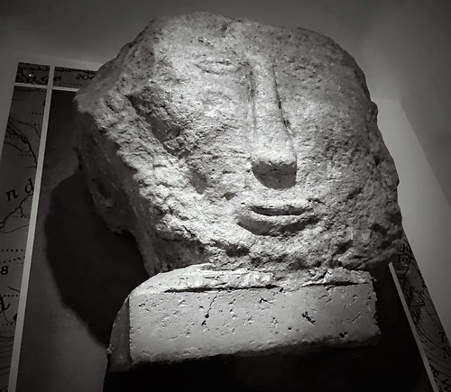 3,000 year old face