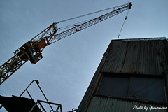 (yomoneko1) Tags: sigma dp1 merrill pottering bicycle canyon cloud port ship beach sunrise morning crane