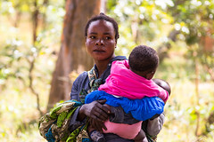 Forests, food security and nutrition in Luwingu (CIFOR) Tags: people women livelihoods females kids children human humanbeing humanbeings humans person luwingu northern zambia zm communityforestry