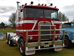 photo by secret squirrel (secret squirrel6) Tags: vehicle powerful secretsquirrel6truckphotos craigjohnsontruckphotos australiantruck bigrig worldtruck truckphoto kenworth longwarry cabover