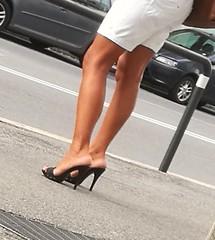 Street feet (672) (♠I Love Feet & Shoes♠) Tags: street sexy feet lingerie tights heels highheels sandali scarpe piedi sandals shoes chaussures pieds sandales schuhe sandalen füse ноги сандалий ботинок туфля pie zapatillas sandalias pés πόδια sapatos παπούτσια sandálias σανδάλια calcanhares каблуки mules huf hoof casco οπλή копыто stockings bas strümpfe medias meias κάλτσεσ чулки sabot pantyhose