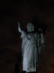 Angel in the Dark (failing_angel) Tags: 081016 london kensingtonchelsea bromptoncemetery monthofthedead londonmonthofthedead cemetery magiclantern throughaglassdarkly mervynheard phantasmagoria