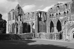 Dundrennan Abbey, founded by Cistercian monks from Rievaulx in 1142 (Richard Needham) Tags: dundrennan abbey monastic dumfriesandgalloway blackandwhite monochrome ruin ruined