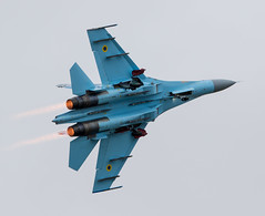 Afterburner (The Crewe Chronicler) Tags: sukhoi sukhoisu27flanker sukhoisu27 afterburner flanker ukrainian ukrainianairforce fighter jet aircraft airshow airdisplay aviation plane riat riat2017 canon canon7dmarkii fairford raffairford