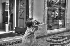 Grimace (misterblue66) Tags: nikon nikonpassion d3200 streetphoto lisboa lisbonne photomatix photomatixpro hdr bn bw noiretblanc nb geets benoitgeets misterblue