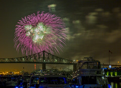 fireworks-in-the-old-port-by-eva-blue-22_35228592033_o (The Montreal Buzz) Tags: fireworks feuxdartifices oldport vieuxport montreal evablue