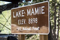 Lake Mamie sign - Mammoth Lakes (m01229) Tags: d7200 junelake california unitedstates us twinlakes highsierra mammothlakes nikon18300mm monocounty inyonationalforest