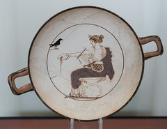 The Archaeological Museum of Delphi - Kylix with drawing of Apollo (Ed Fulton) Tags: ancientgreece apollo archaeologicalmuseum delfi ellas greece greekantiquities museum phocis kylix canoneos5dmkiii δελφοί φωκίδα ἑλλάσ fokida thessaliastereaellada sigma5014dghsma sigma50mmf14dgart