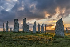 *Callanish Stones @ sunset* (Albert Wirtz @ Landscape and Nature Photography) Tags: clachanchalanais callanishi callanishstonessunset callanishstones thestandingstonesofcallanish tursachanchalanais gaelic stonecircle steinkreis neolithicarea neolithisch bronzezeitalter bronzeage calanais lewis isleoflewis hebrides hebriden äuserehebriden outerhebrides scotland schottland unitedkingdom vereinigteskönigreich grosbritannien greatbritain callanish landscape landschaft antik riten insel nordsee nordmeer albertwirtz natur nature sunset sonnenuntergang eveningmood abendstimmung mystical mystic mystisch coppercloudsilvernsun