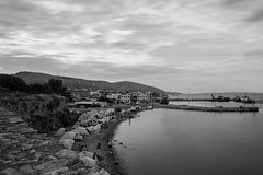 The Refugee Camp (©skarson) Tags: refugee refugees refugeecamp camp blackandwhite bw sky clouds longexposure shore beach water aegan greece europe migration wall canon canoneos6d 6d eos canonef2470mmf4lisusm nd1024 nd leebigstopper leefilters