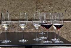 apéro abandonné ..? (jean-marc losey) Tags: espagne españa paysbasque sansébastien apéro tapas verre vinrouge vinblanc d700
