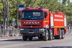 Engins pompiers (Bernard Ddd) Tags: gendarmerie génie défilé prado marseille 14juillet2017 légionétrangère pompier marinspompiers provencealpescôtedazur france fr