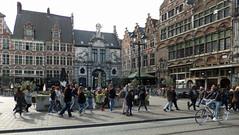 DSCF3111b (SeppoU [Read 'About' for info!]) Tags: belgia belgium gent ghent turisti tourist näpsy snapshot opas guide fujifilmless finepix f550exr