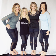 Fit For Barre (glenda.suebee) Tags: fitforbarre natural light beauties moms fitness wear smiles glendaborchelt models 2017