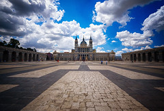 Royal Palace of Madrid, Spain (` Toshio ') Tags: toshio madrid spain spanish royalpalaceofmadrid palaciorealdemadrid europe palace clouds euorpean europeanunion architecture royalty pattern fujixe2 xe2