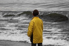 Manuel (alejandro krok) Tags: manuel persona man hombre child young yellow white black water lake lago bw beautiful art 50mm chile sudamerica sur south serenidad depression colours beach playa nature cld cold people blackandwhite artist