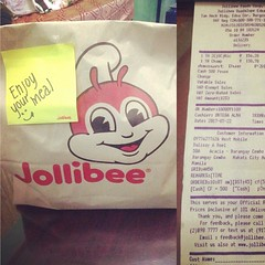 Hola Jollibee! Yes, I really enjoyed my meal as it was delivered fresh and hot, really hot! And a thumbs up for the delivery guy who make sure to deliver it ahead of expected time (sorry wasnt able to get his name). 😋👍🍗👏:hamb (ayeh_06) Tags: instagramapp square squareformat iphoneography uploaded:by=instagram rise