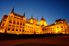 Budapest (rmibien) Tags: europe travel budapest night dusk architecture