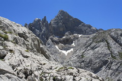 "Picos de Europa 2017 393 <a style=""margin-left:10px; font-size:0.8em;"" href=""http://www.flickr.com/photos/122939928@N08/36002683641/"" target=""_blank"">@flickr</a>"