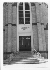 01000711-5 (nrhpphotos) Tags: church door staircase