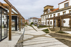 El Ferrol, Galicia (kike.matas) Tags: canon canoneos6d canonef1635f28liiusm kikematas elferrol galicia españa paisaje ciudad plaza nubes lightroom4 reflejos
