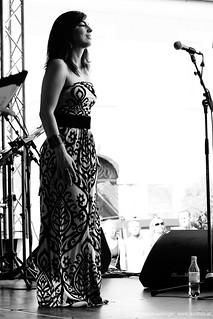 Iona Vintu: vocals