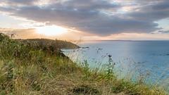 Roselier Coucher 1H (zqk09) Tags: paysage landscape sun sunset soleil france bretagne canon mer nature water cloud nuage sky ciel green blue bleu vert jaune yellow