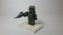 Master Chief Petty Officer Spartan John-117 (Mveto) Tags: halo lego master chief bungie brickarms brickforge battle rifle
