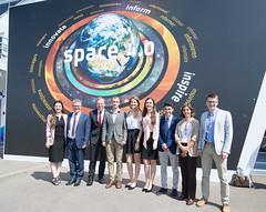 Jan Woerner meets students of the Baumann University at MAKS 2017 (europeanspaceagency) Tags: moscow janwoerner directorgeneral esa maks2017 students