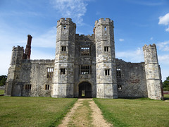 South Front Gatehouse (Gilder Kate) Tags: premonstratensiancanons monastic abbey titchfieldabbey hampshire englishheritage placehouse panasoniclumixdmctz70 panasoniclumix panasonic lumix dmctz70 tz70 wrothesley ruin