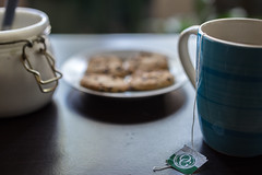 Morning Tea (yazanrahhal1) Tags: morning tea drink cup mug blue early cookies table wood sugar sony a7 samyang 50mm f14 composition photography depth dof