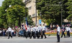 Défilé du 14 juillet 2017 à Paris (louis.labbez) Tags: 2017 juillet 14juillet bastilleday police paris labbez uniforme flag drapeau iledefrance france fêtenationale défilé champselysées