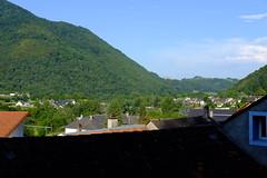 Vallée du gave de Pau (alainlecroquant) Tags: coteauxdesaintpédebigorre saintpédebigorre coteaux abbatiale palombière randonnée hautespyrénées vaches lavoir ferme cheval vtt fleurs