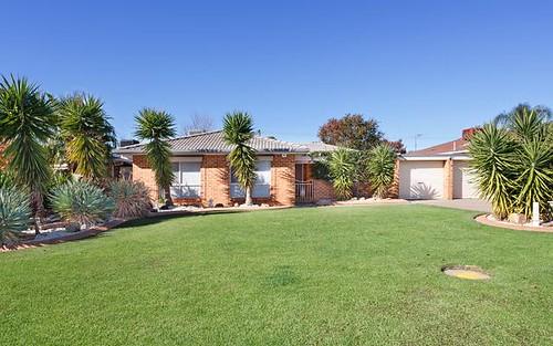 4 Langi Crescent, Glenfield Park NSW