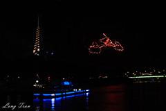 On the way home... (@ Long Tran) Tags: paris firework love home eiffel seine river
