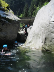 IMG_1807 (Mountain Sports Alpinschule) Tags: mountain sports zillertal canyoning blue lagoon