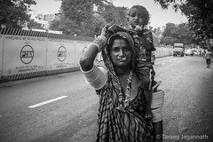 flower bloom (Tarang Jagannath) Tags: village people realpeople migration roadside india woman