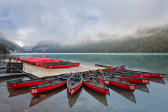 Red Canoes on Lake Louise (lfeng1014) Tags: redcanoesonlakelouise redcanoes lakelouise banffnationalpark banff alberta canada canadianrockies rockymountains landscape canon5dmarkiii ef1635mmf28liiusm travel lifeng lake reflection mountain